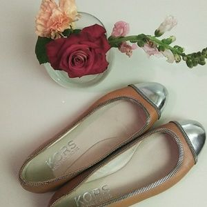 Camel Micheal Kors flats with silver trim